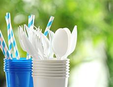 PLUS stopt met wegwerpplastics